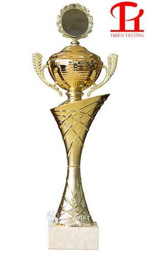 Cúp vàng thể thao 8V0141