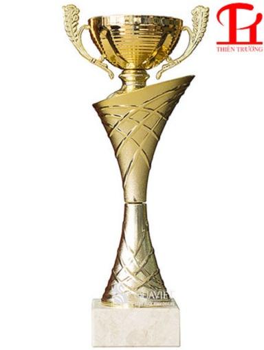 Cúp vàng thể thao 8V0041