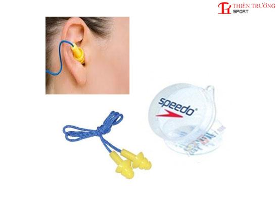 Bịt tai đi bơi Speedo