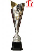 Cúp vàng thể thao 9B0128