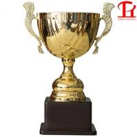 Cúp vàng thể thao 8V0077