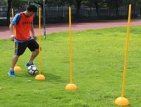 Cọc tập rê bóng đá